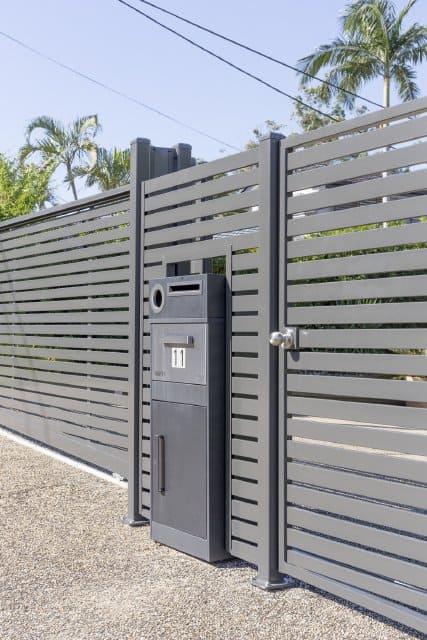 Slat Fence with parcel box