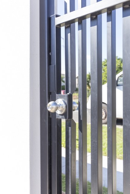 PA gate with key lock stainless steel