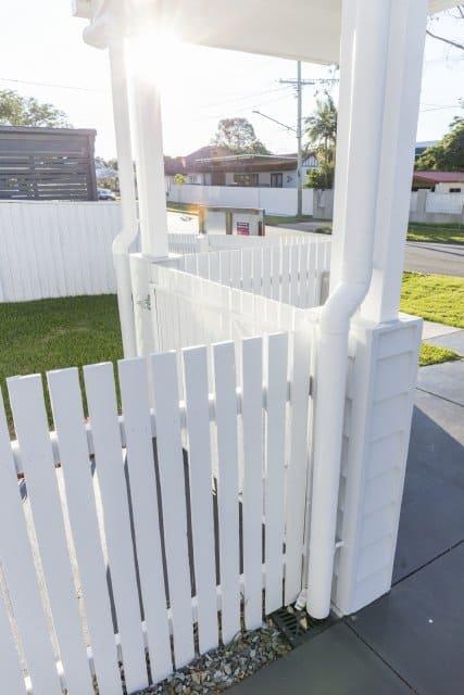 SImple elegant classic white picket fencing
