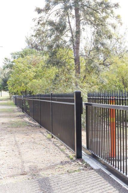 T Spear aluminium Fencing
